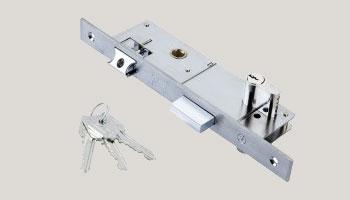 κλειδαριές-για-πορτες-με-πανελ
